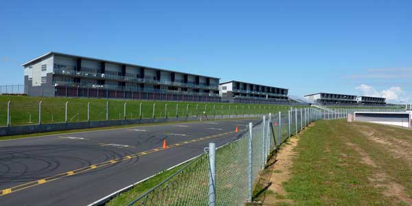 Apartments at Hampton Downs Motorsport Park V8 Ford Driving Experience